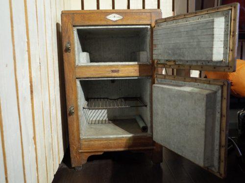 木製冷蔵庫